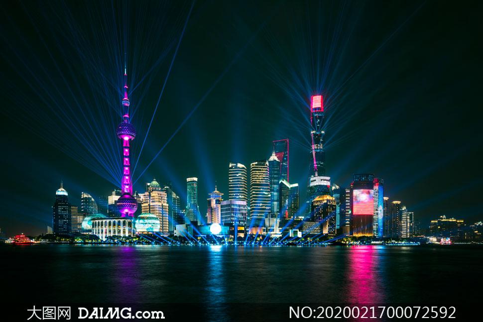 上海進博會外灘美麗夜景攝影圖片