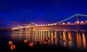 夜幕下的跨海大桥高清摄影图片