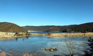 普达措国家公园冬季摄影图片