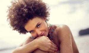 黝黑皮膚性感美女人物攝影高清圖片