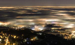 白昼般的城镇风光鸟瞰摄影高清图片