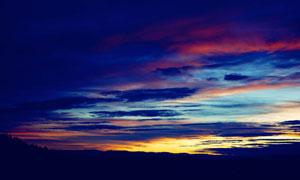 黄昏多云天空自然风景摄影高清图片