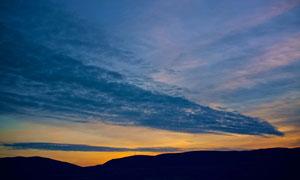 山峦与天空乌云等风光摄影高清图片