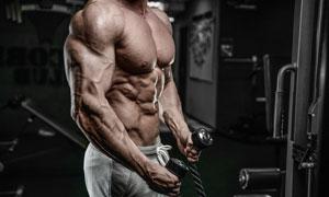 做力量鍛煉的增肌男人攝影高清圖片