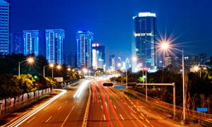 夜晚繁忙城市交通風光攝影高清圖片