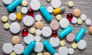 藥丸與膠囊等藥物特寫攝影高清圖片