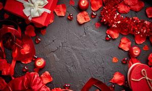 蠟燭花瓣與禮物盒組合邊框高清圖片