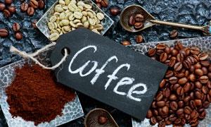 咖啡豆與咖啡粉等特寫攝影高清圖片