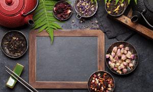 茶壺與多種干花茶葉等攝影高清圖片