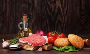 漢堡包與肉餡洋蔥番茄攝影高清圖片