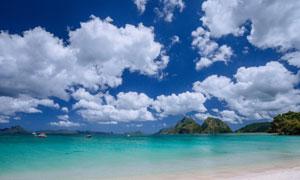 天空白云大海远山风光摄影高清图片
