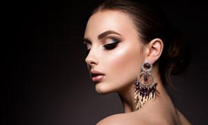 戴耳环的浓妆美女模特摄影高清图片