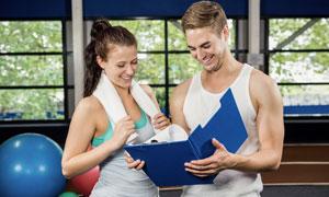 制定了健身计划的运动人物高清图片