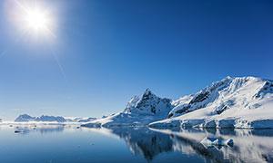 清空下的长白山天池美景摄影图片