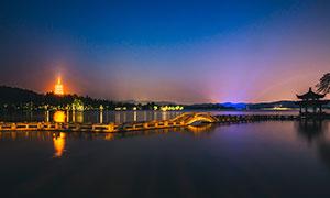 西湖长桥夜景高清摄影图片