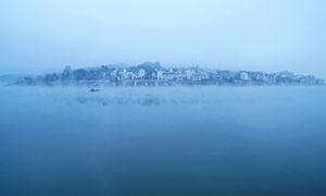 新安江山水畫廊霧景攝影圖片