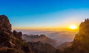 黃山山頂日出美景攝影圖片
