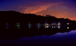 天空晚霞湖畔自然风光摄影高清图片