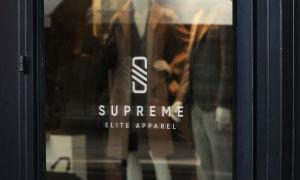 服裝店玻璃櫥窗上的標志貼圖源文件
