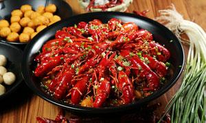 油燜小龍蝦美食菜品高清攝影圖片