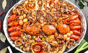 海鮮龍蝦拼盤高清攝影圖片