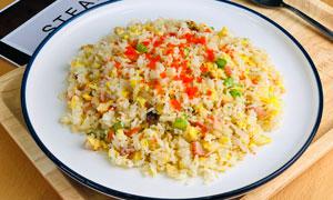 蟹籽海鲜炒饭美食摄影图片