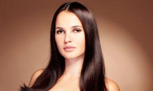 棕色长发美女发型模特摄影图片