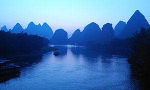 夜幕下的桂林山水摄影图片