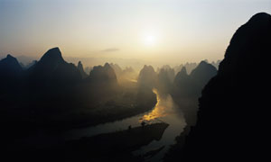 桂林漓江山水美丽日出高清摄影图片