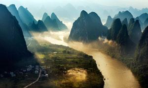 清晨美丽的桂林漓江山水摄影图片