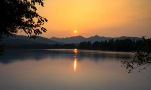 西湖日落美景高清摄影图片