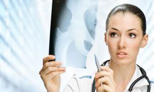 查看X光片的美女醫生攝影高清圖片