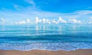 蔚蓝天空浩瀚大海风光摄影高清图片
