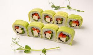 摆放成两排的美味寿司摄影高清图片
