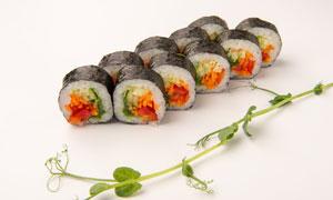 日式料理海苔寿司特写摄影高清图片