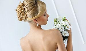 盘发造型露背美女婚纱摄影高清图片