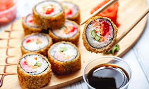 精心制作的寿司卷特写摄影高清图片