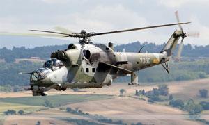 米24武裝直升機高清攝影圖片