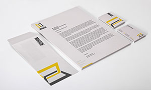 商務名片與信封等側視角度樣機模板