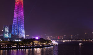 珠江南岸的广州塔夜景摄影高清图片