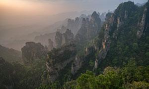 山间奇石怪峰自然风光摄影高清图片