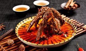 香辣鴨架特色小吃高清攝影圖片