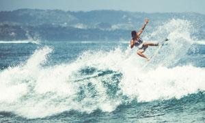 水上极限运动冲浪人物摄影高清图片