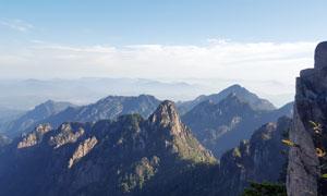 黄山景区美丽的山峰摄影图片