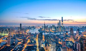 清晨上海外滩建筑景观摄影图片