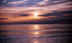 大海上的夕阳美景摄影图片