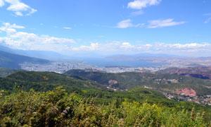 云南大理洱海全景摄影图片