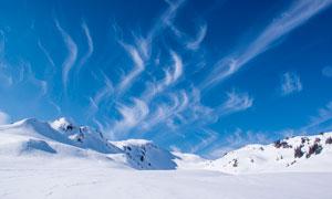 山顶雪后美丽景观摄影图片