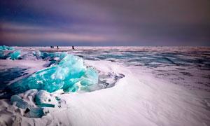 极地上的冰川美景摄影图片