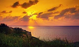 大海上的落日余晖美景摄影图片